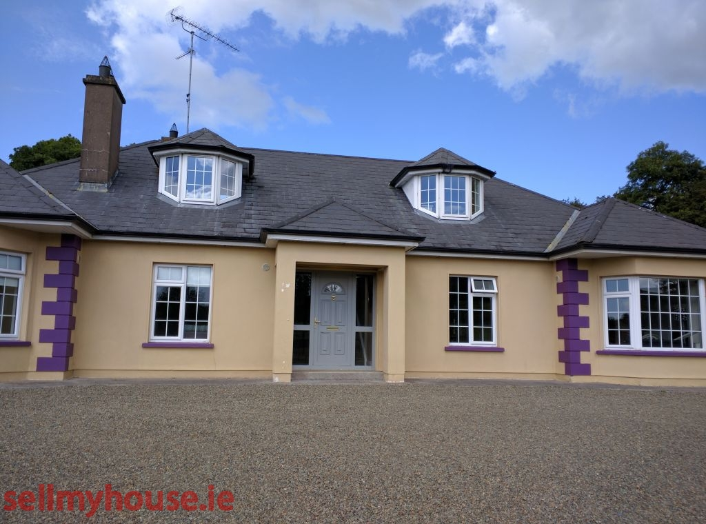 6 bed detached at curkish dormer bungalow for sale for Dormer bungalow house plans ireland
